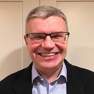 Dr. Jacek Jastrzebski